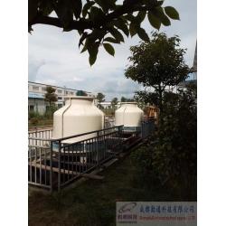 贵州遵义2台60吨圆形逆流塔施工现场